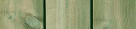 Bild på grönimpregnerad bryggtrall